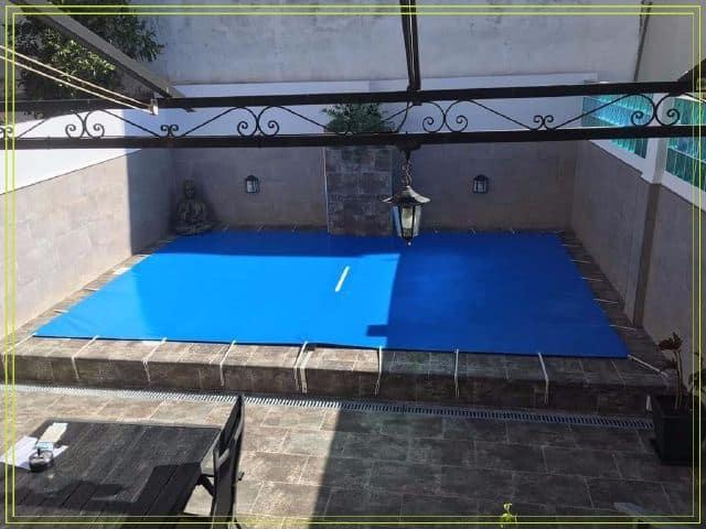 Toldos de piscina toldos mario for Piscina algeciras